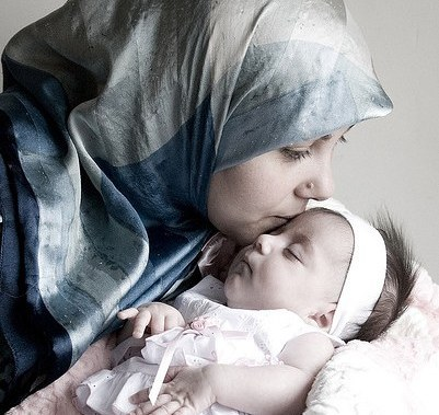 Muslim-mom-kissing-her-angel-baby