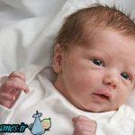 آیا نارنجی شدن ادرار نوزاد نشانه خطر است؟