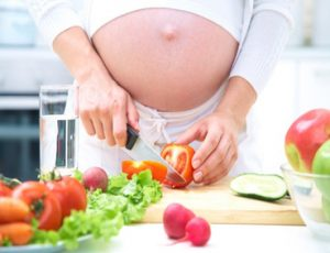 چگونه در بارداری جنین خود را باهوش کنیم؟
