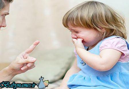 با کودکی که مدام گریه می کند چه کنیم؟
