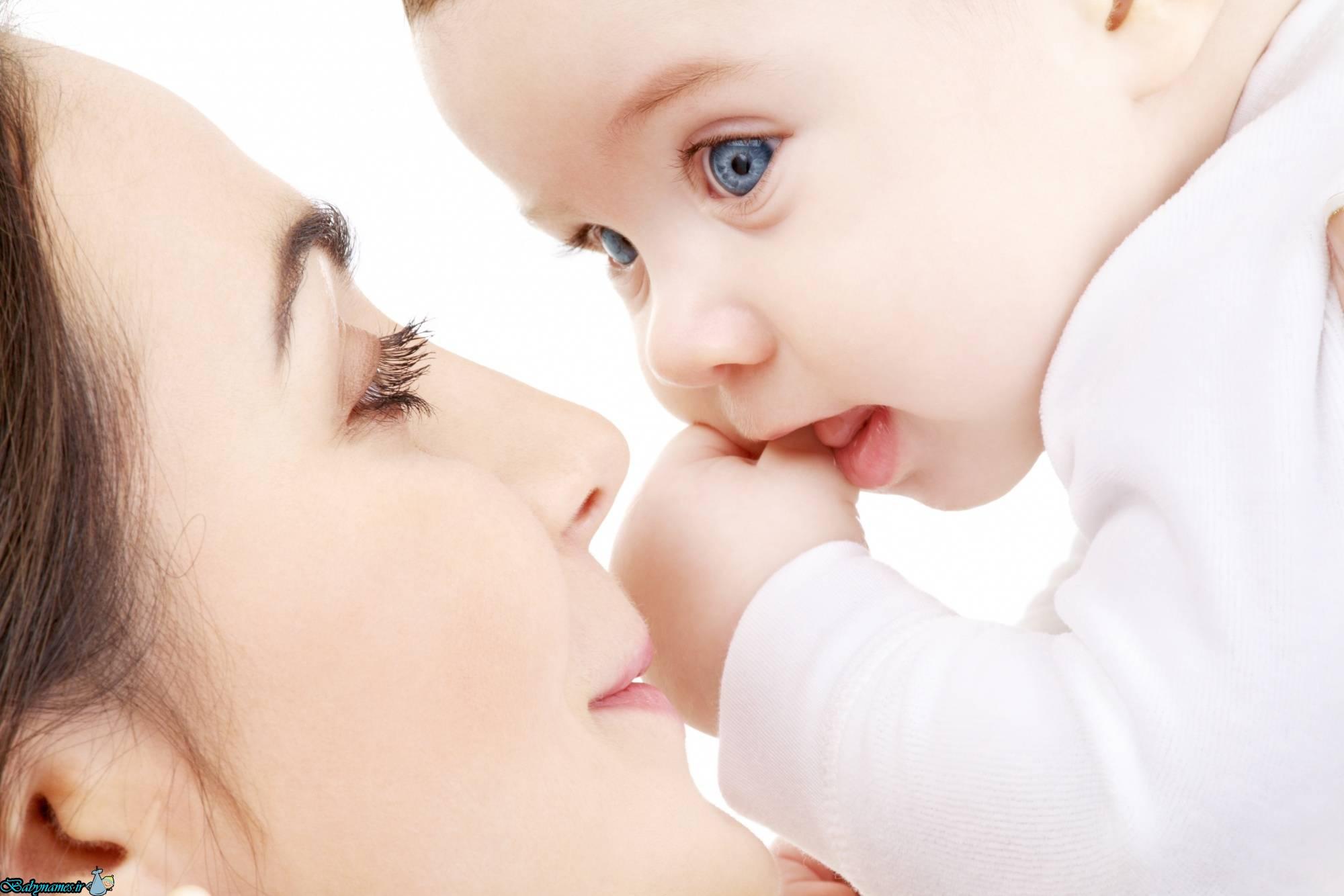 تاثیر شیر مادر در نیرومند و باهوش شدن کودک